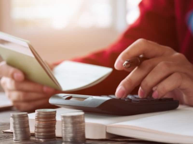 アルバイト収入と業務委託収入が両方ある場合の確定申告
