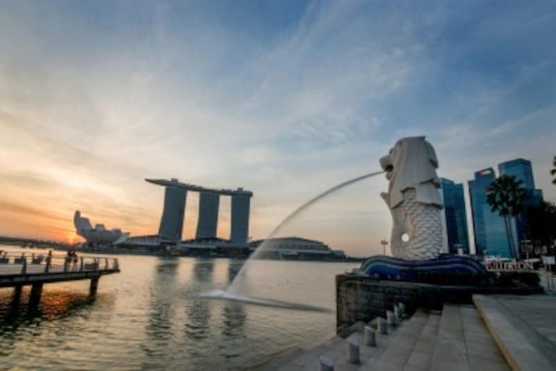 一番有名で古いマーライオン(写真提供:シンガポール政府観光局)