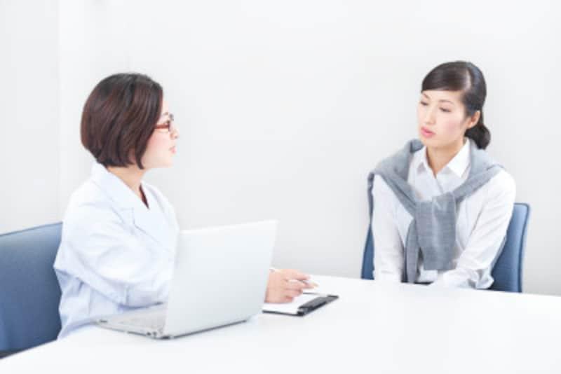 排卵障害の相談をする女性のイメージ画像