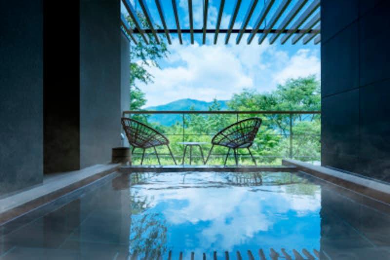 「界仙石原」客室露天風呂(写真提供:星野リゾート)
