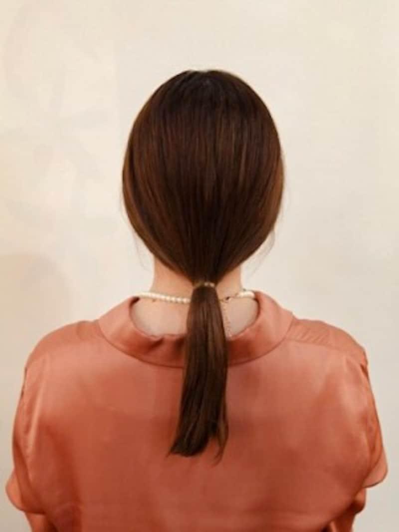 毛量が多い場合はゴムを二つ使い二重にしてひとつ結びをする