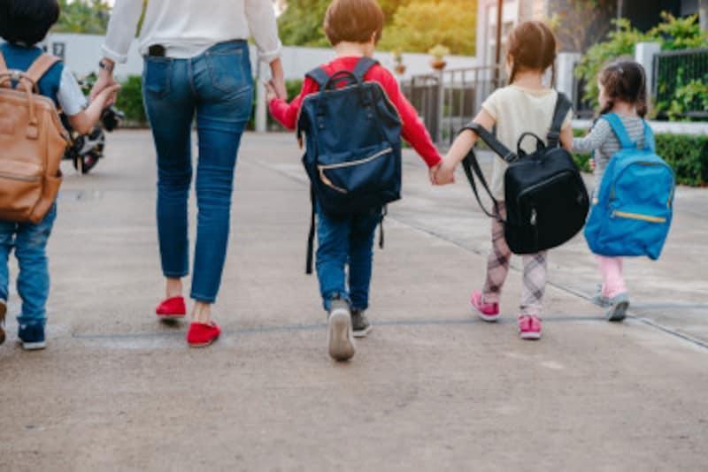 子ども4人の教育費をどう作ればいいでしょうか?