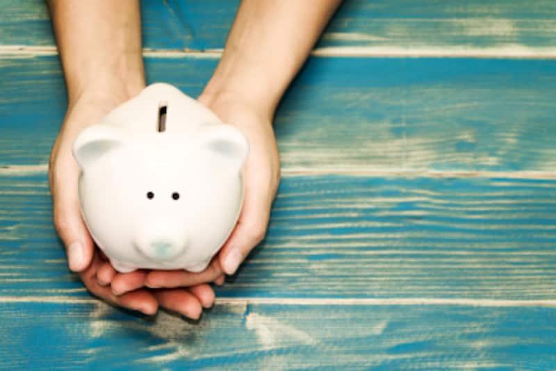 「負債」を考慮すると平均貯蓄額について違った見方ができます