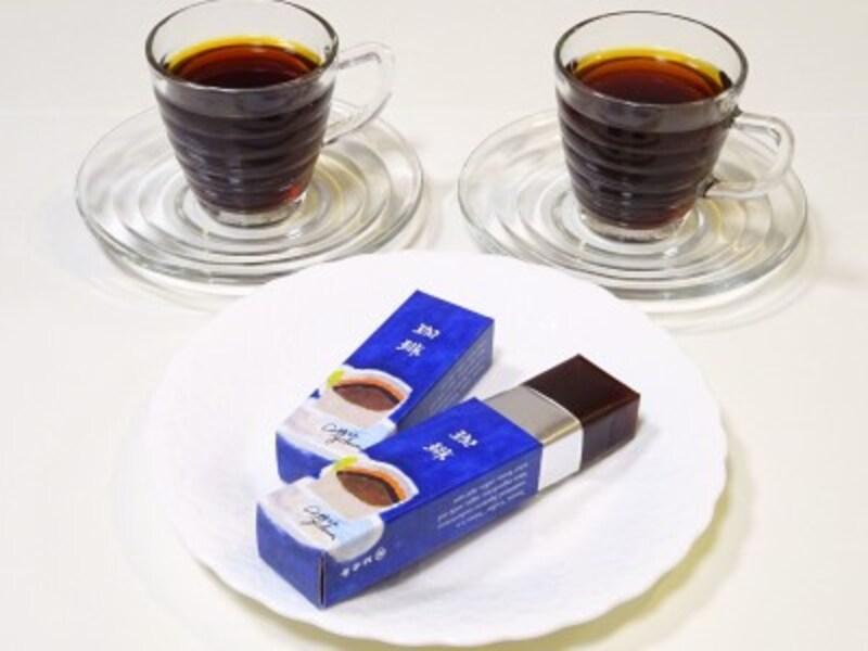 コーヒーを淹れて一緒に味わう、団らんのひと時に