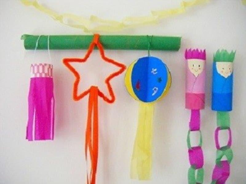 ペーパー芯や色紙でユニーク吹き流し&笹飾りを七夕飾り工作・製作で手作り
