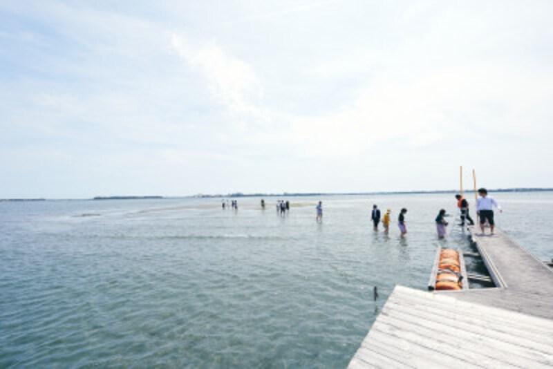 浜名湖にかかる桟橋