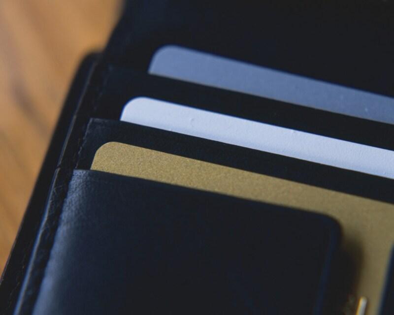 夫の財布から風俗店のカードが……