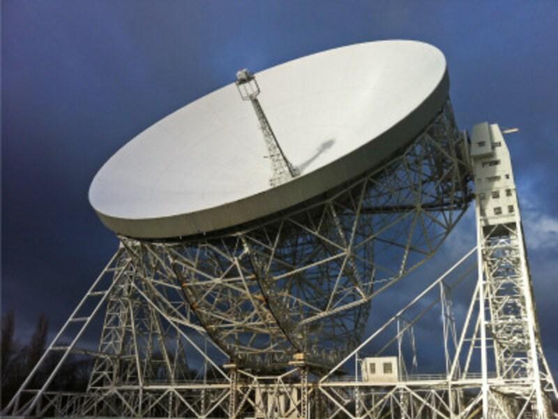 イギリスの「ジョドレル・バンク天文台」、ラヴェル望遠鏡