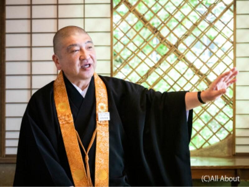 ご住職の伊勢俊雄さん