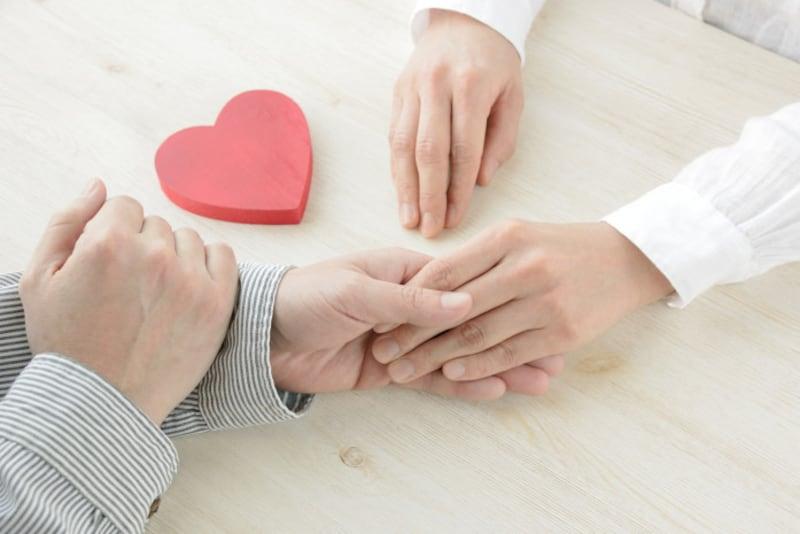 アドバイス1:10歳下以上もザラ!年上女性と年下男性のカップルは増加中