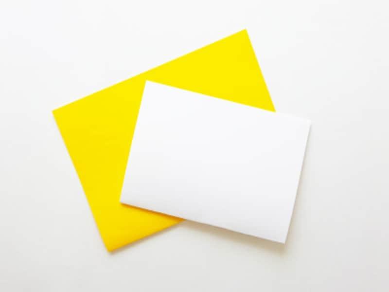 色画用紙、画用紙を半分に折る