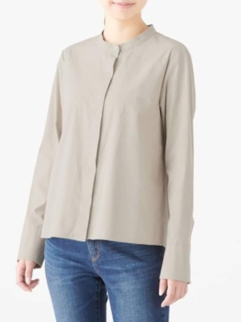 新疆綿洗いざらしブロードスタンドカラーシャツ 2990円(税込)
