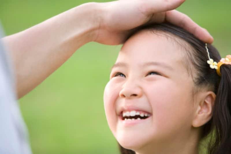 子どもの自己肯定感を高めるほめ方には、コツがあります