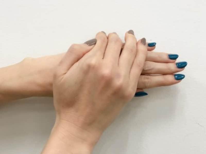 手荒れの種類別ケア法と対策!クリームの塗り方や手袋活用法