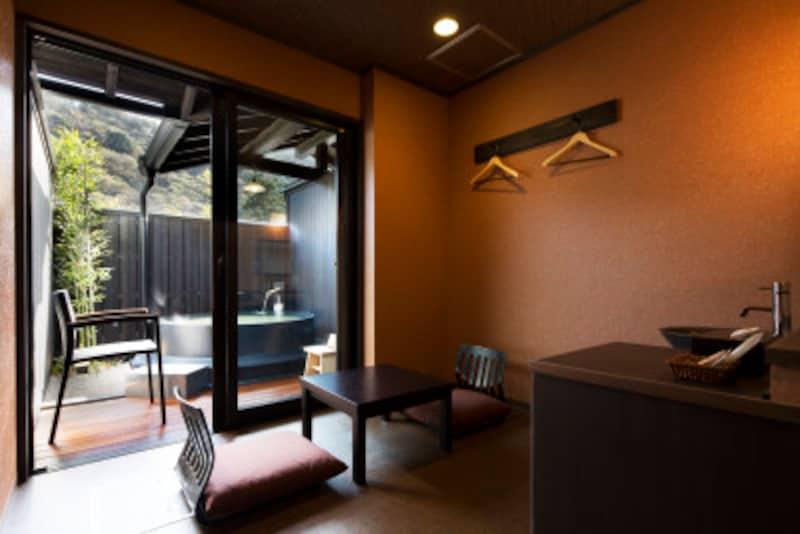 箱根ひとり旅の観光スポット:「壱ノ巻」菫の客室