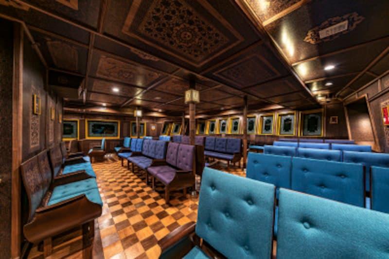 ソ箱根ひとり旅の観光スポット:海賊船のファ