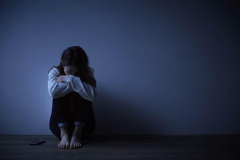 イライラする原因PMS(月経前症候群)・ホルモンバランスの崩れ
