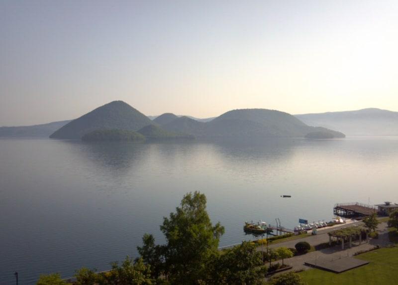 北海道の絶景パワースポット春・洞爺湖の中島