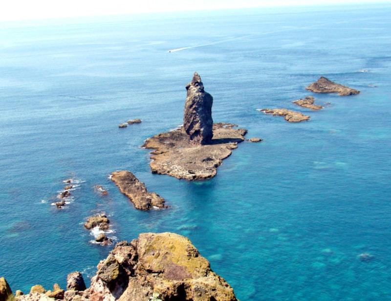 北海道の絶景パワースポット夏・神威岩