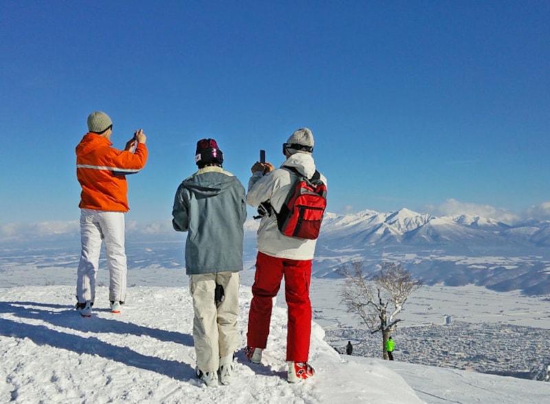 北海道の絶景パワースポット冬・富良野スキー場