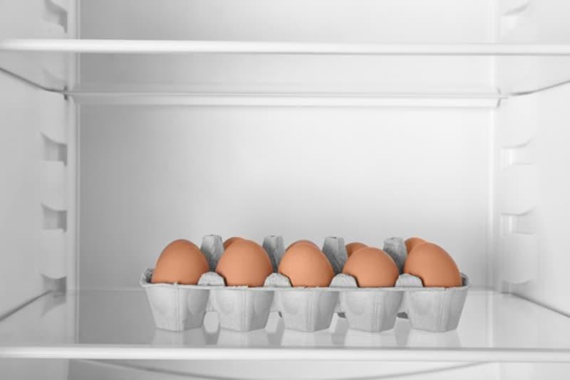 卵はケースごと冷蔵庫の奥の方で保存するのがベスト