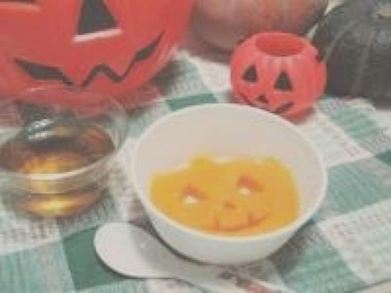 ハロウィンお菓子の手作りアイディア20.赤ちゃんもハロウィン!パンプキンゼリー
