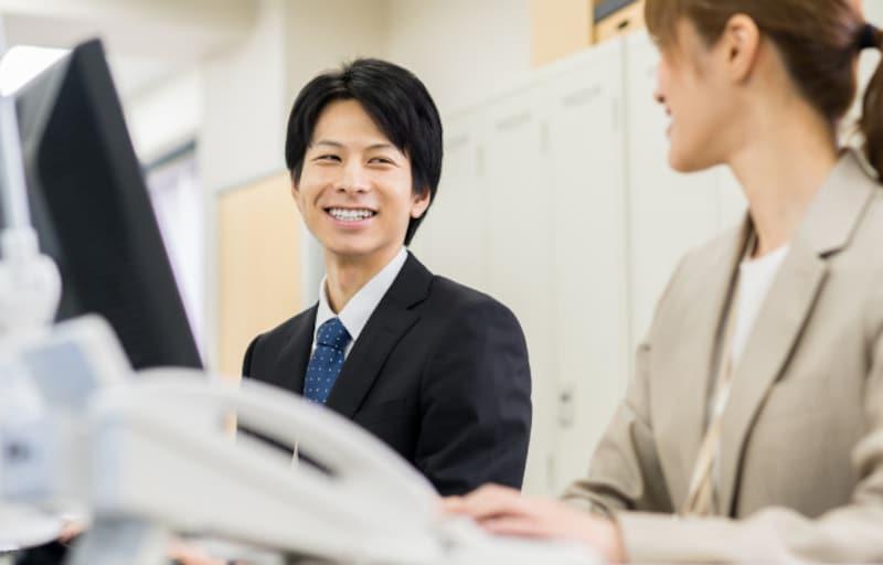 仲の良い同僚には、どうアプローチするのが正解?