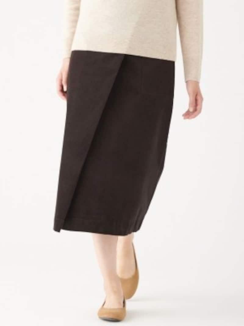 無印良品 ストレッチコーデュロイイージーセミフレアスカート 3990円(税抜)