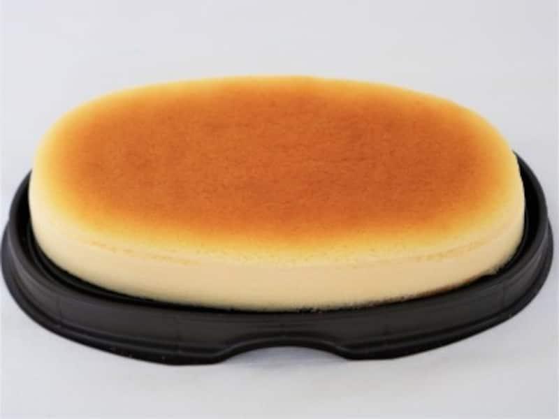 ケーキを選ぶ時は甘さ控えめで柔らかいスフレチーズケーキがおススメです。