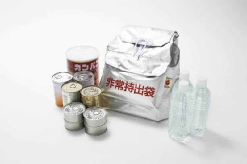 台風対策防災グッズ・備蓄食料