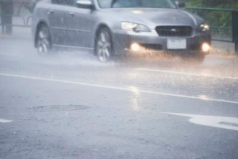 台風車の浸水・水没車両保険