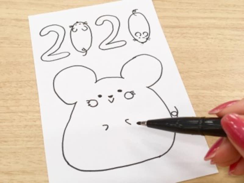 ねずみのゆるかわいいイラストをお手本に手描き年賀状を作る