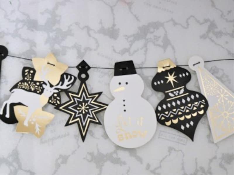 セリア・クリスマスペーパーガーランドゴールドエンボス黒と金を基調とした大人可愛いガーランドです。