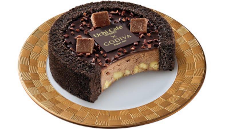 「UchiCafé×GODIVAショコラアイスクリームロールケーキ」(税込380円)