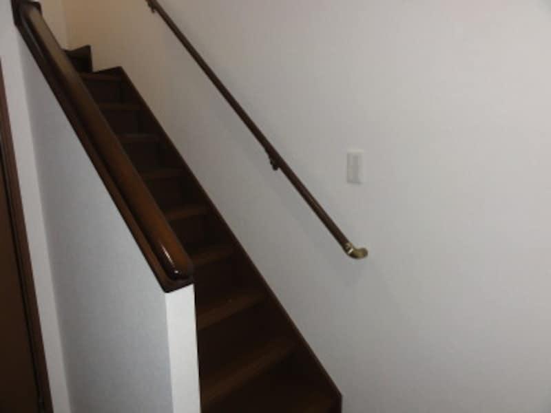 階段周辺にはコンセントがない場合が多い。