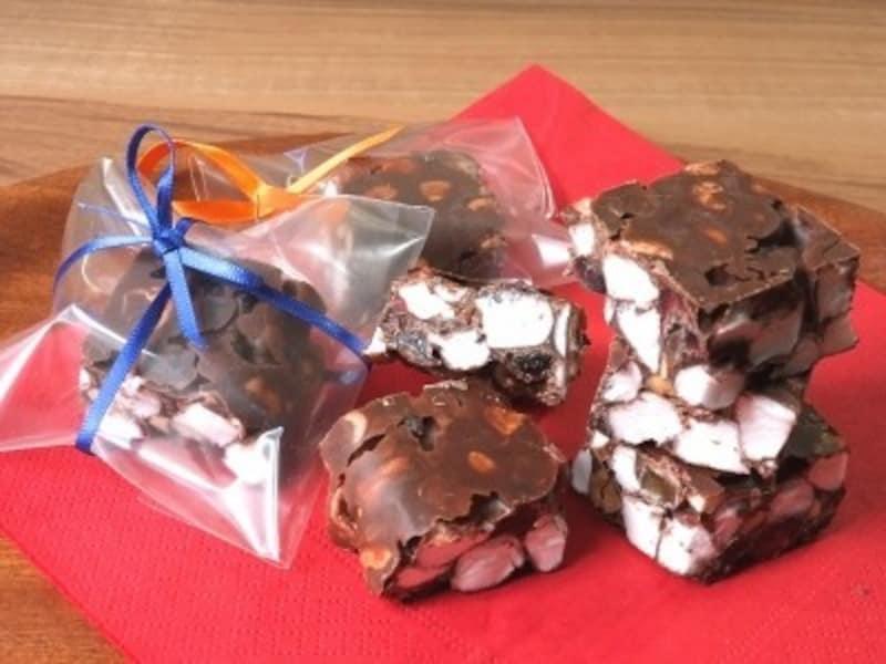 友チョコ大量生産バレンタインマシュマロチョコバー