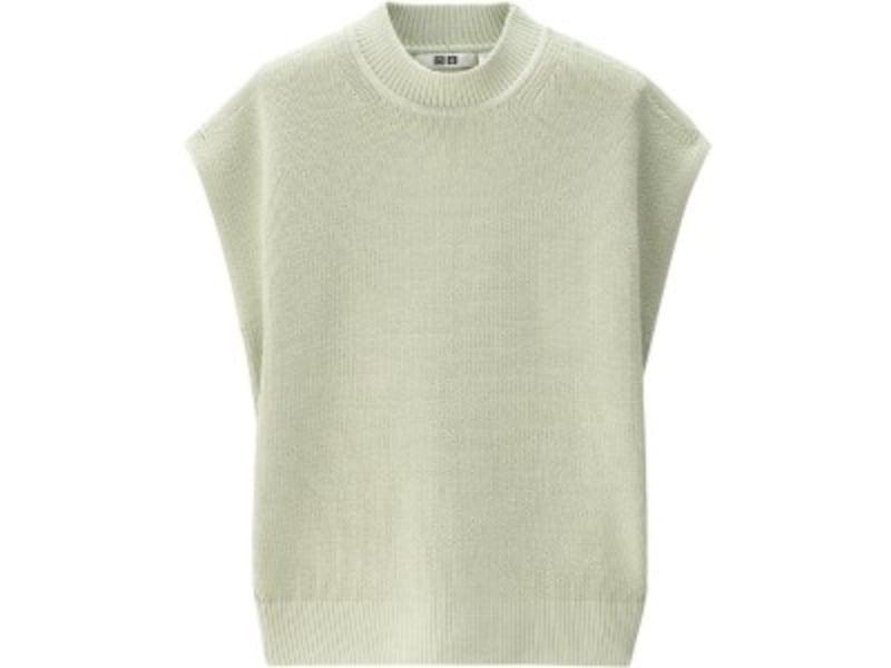 ユニクロユー リブクルーネックセーター2990円(税抜)