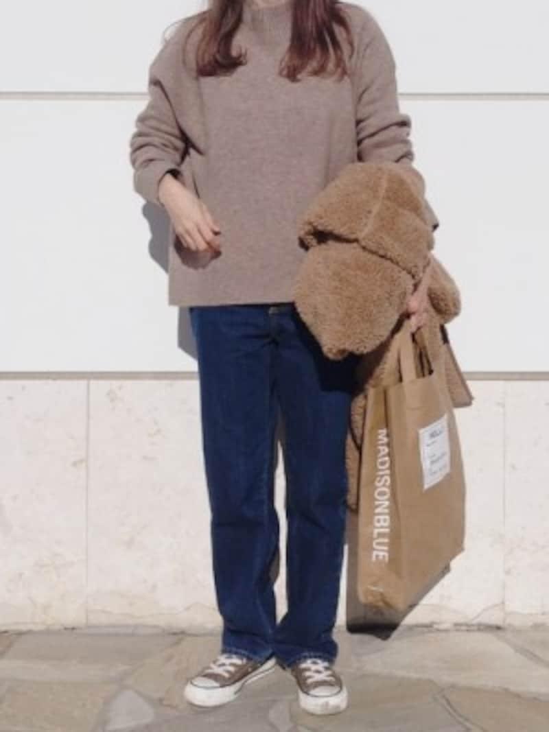 GUハイウエストストレートジーンズ2490円(税抜)