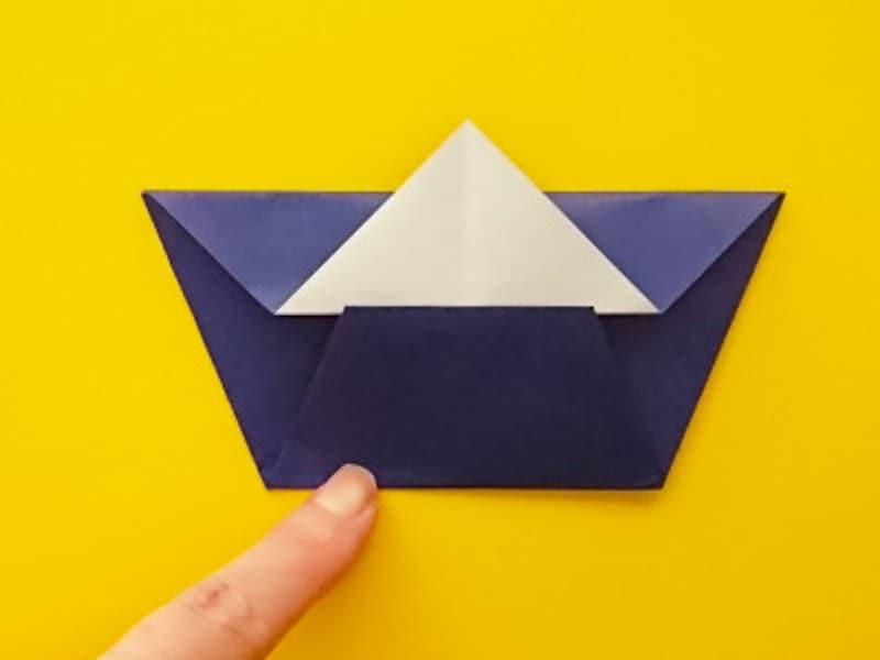 折り紙ひな祭りリースお内裏様 さらに上に折る