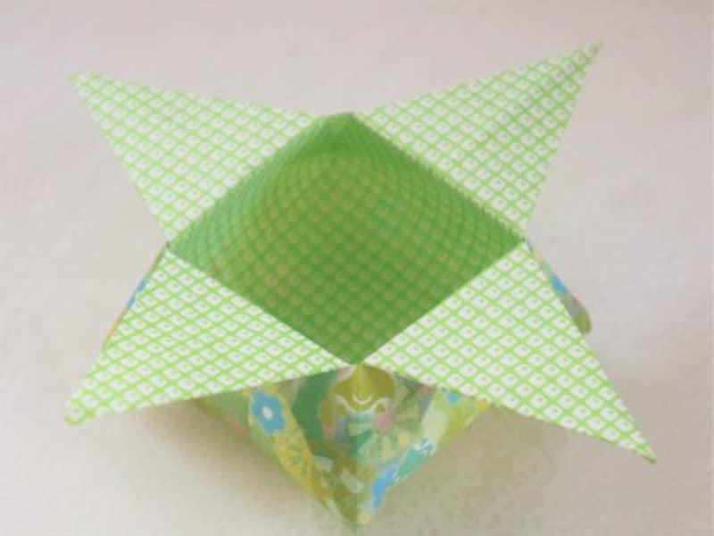 折り紙の箱折り方作り方伝統的な節分豆入れ