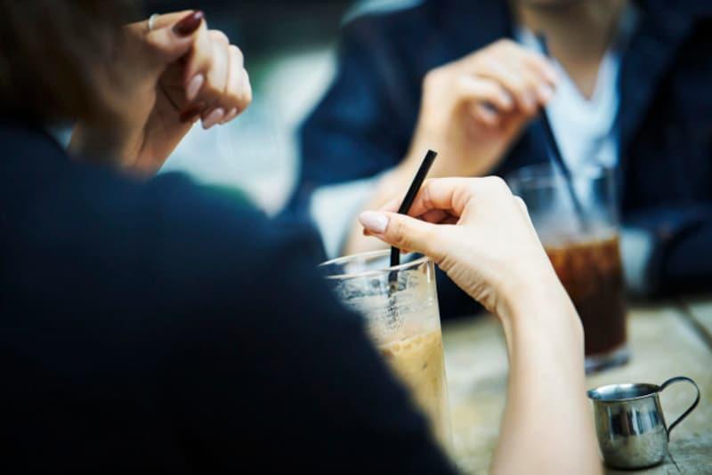 お悩み:デート中に会話が盛り上がらず、シーンとなってしまうことがあります