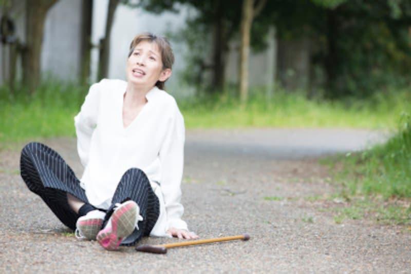 女性ホルモンが減ることで骨粗鬆症にも
