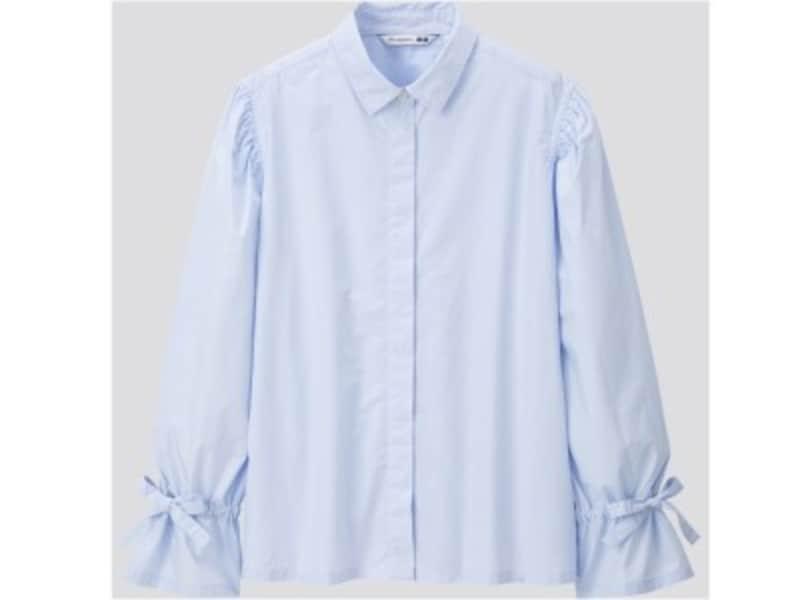 ユニクロ ギャザースリーブシャツ 2990円(税抜)