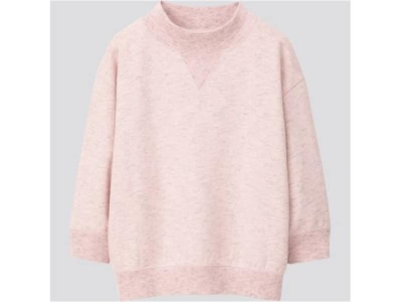 ユニクロ ハイネックスウェットシャツ 2990円(税抜)