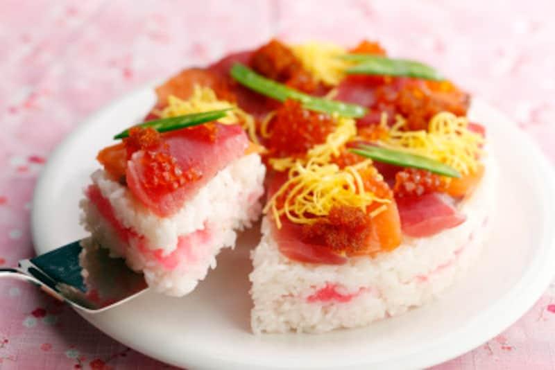 デコレーションケーキのようなちらし寿司