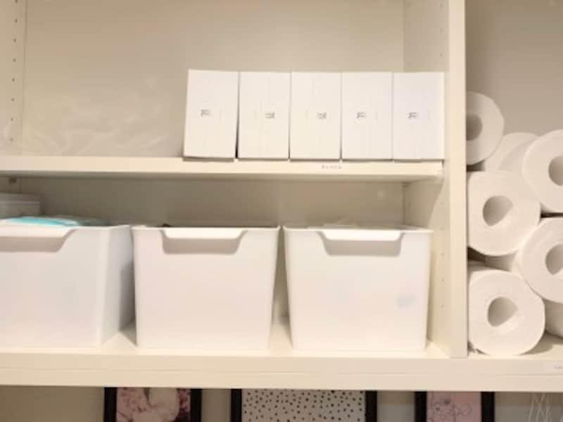トイレの吊戸棚の収納例