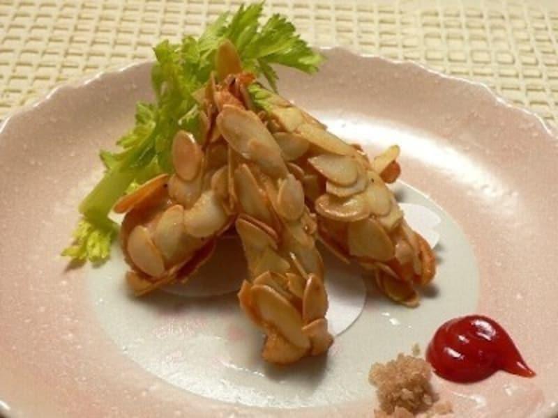 おうち居酒屋レシピ鶏ささみのアーモンド揚げ