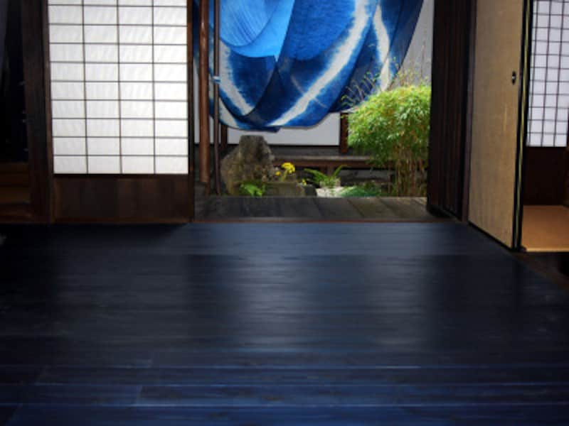 藍染杉、大利木材、徳島、カラー床材