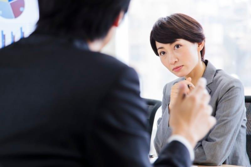 お悩み:無愛想で生意気な私。性格を矯正しないと結婚できませんか?