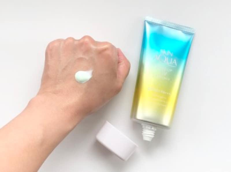 日焼け止め,UV対策,紫外線,スキンアクア®,トーンアップUVエッセンスMa,赤みカバー